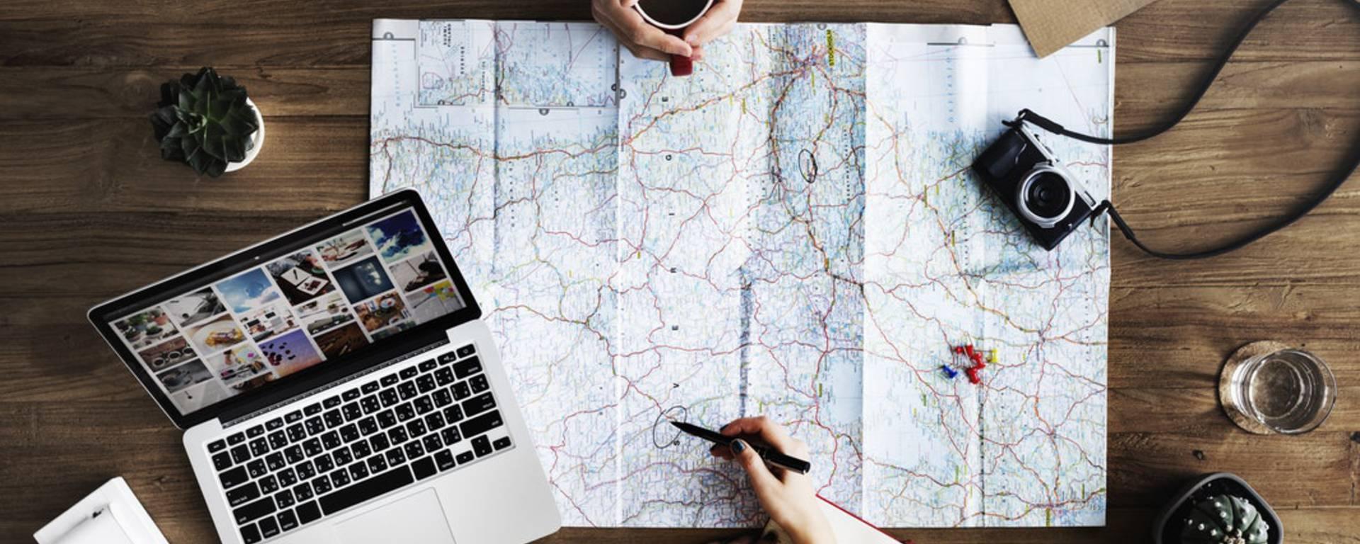 Equipements de randonnée - Randonner Vosges - Matériel de randonnée - Carte de randonnée Vosges - Guide haute montagne - Guide de randonnée