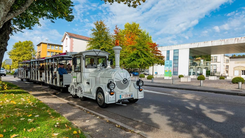 Étape 9 : le dimanche - 11h00 - Balade à bord du Petit Train Touristique d'Épinal