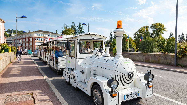 Étape 9 : 11h00 – Balade à bord du petit train touristique d'Épinal