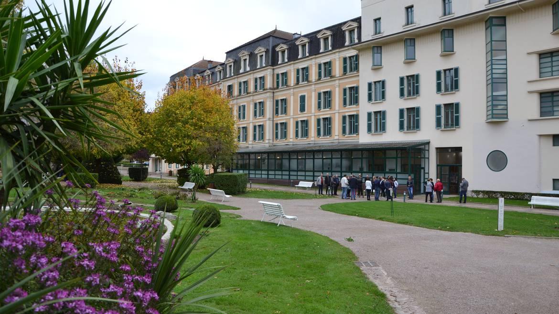Étape 3 : 15h00 – Spa liberté aux Thermes de Bains-les-Bains