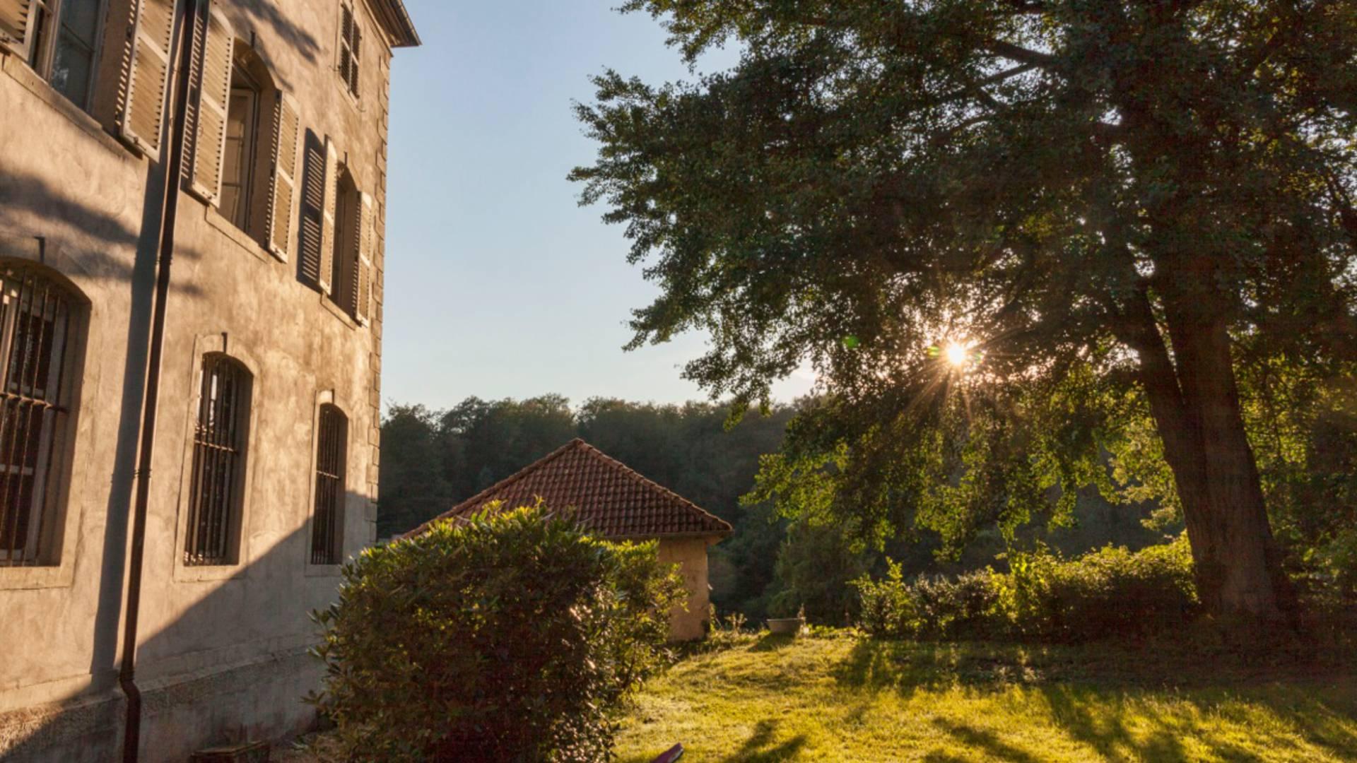 Manufacture Royale de Bains les Bains - Patrimoine Bains les Bains - Visite guidée - Cure thermale - Hébergement thermal