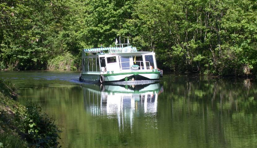 Croisière fluviale Vosges - Canal des Vosges - Péniche Vosges - Port d'Epinal - Port de Fontenoy le Château