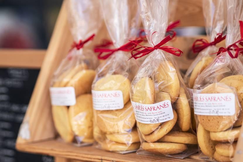 Marché Epinal - Marché couvert - Produits locaux - Produits du terroir - Produits vosgiens - Marché du terroir - Place aux producteurs - Producteurs locaux - Biscuits safranés