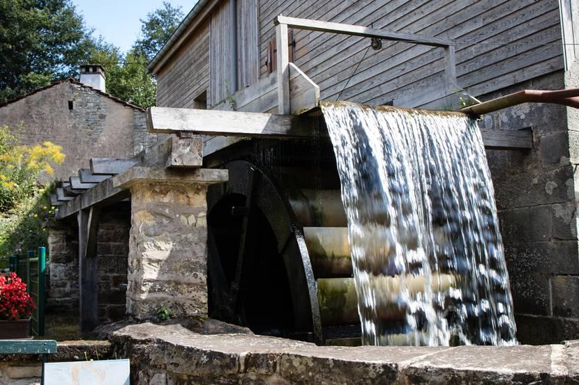Moulin Gentrey - Patrimoine Bains les Bains - Visite guidée - Cure thermale - Hébergement thermal